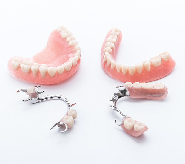 Herndon Dentures and Partial Dentures